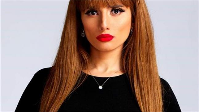 تعرض زينة لإصابة شديدة بسبب برنامج فيفي عبده